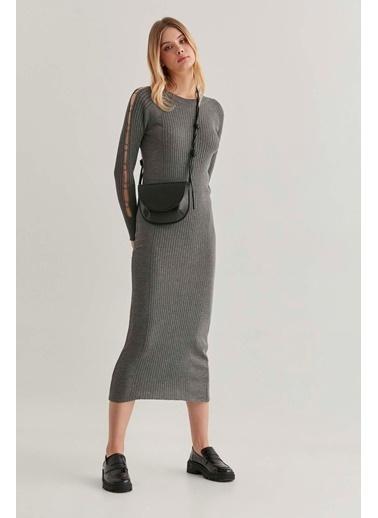 Vitrin Kolları Metal Halka Detaylı Elbise Antrasit